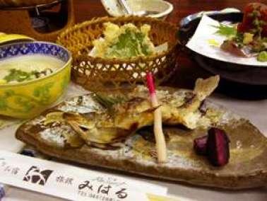 うまみがギュッ!鮎の塩焼(料理一例)