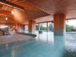 水明館:【下留の湯】低温・高温風呂やサウナをご用意。檜が香る大浴場