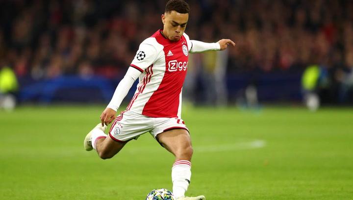 Así juega Sergiño Dest (Ajax)