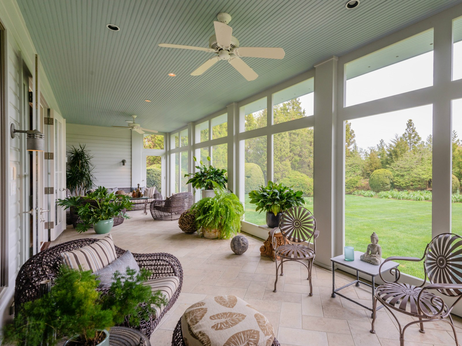 NEW KDHamptons Featured Property: A Fantastic Further Lane ... on Enclosed Back Deck Ideas id=65559
