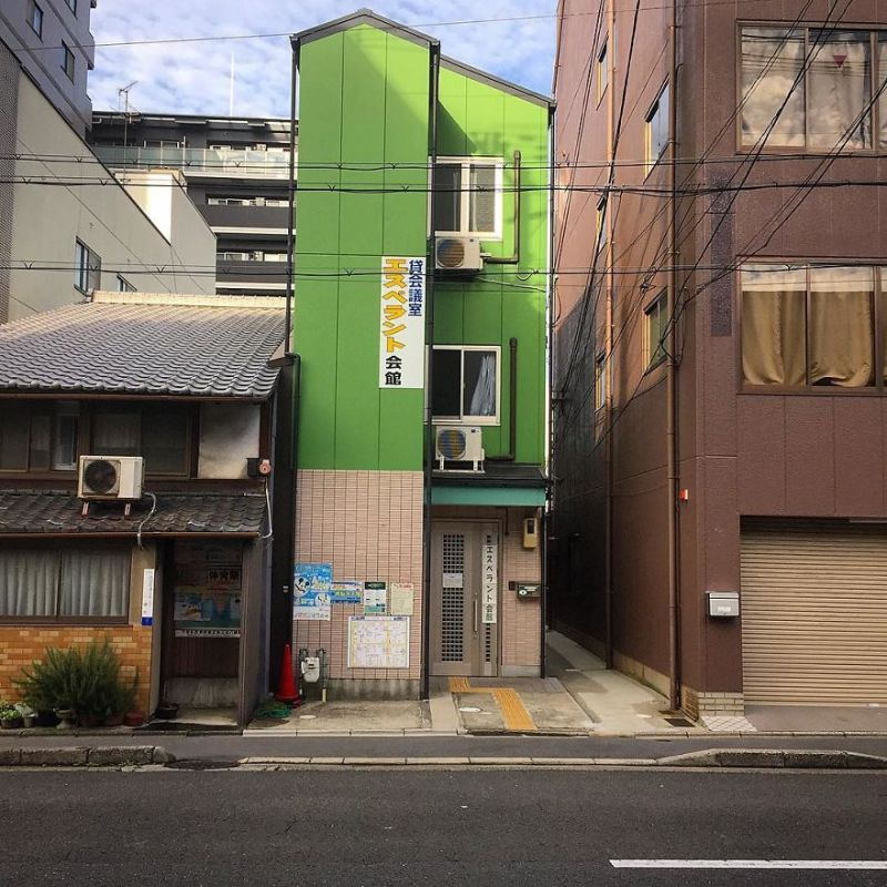 one-photographer-took-over-100-images-of-kyotos-small-yet-utterly-delightful-buildings-59bb90ef30c13__880