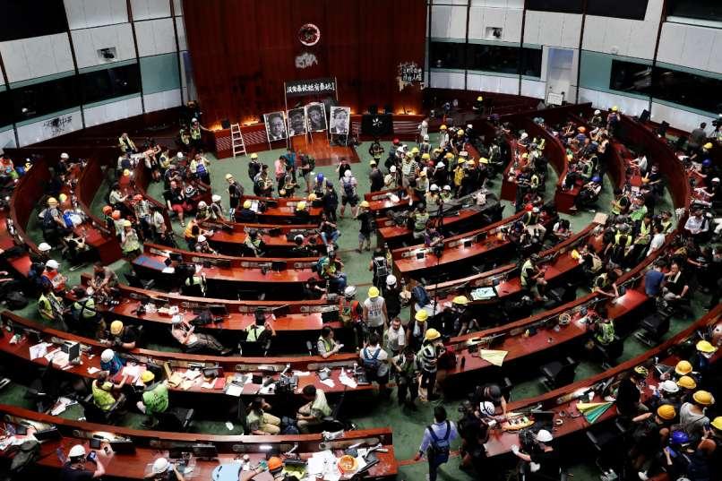hong kong, protesti,