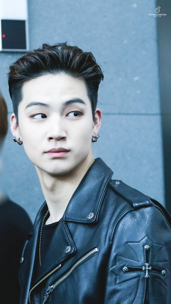 10+ Times JB Proved Breathing Can Be Sexy AF — Koreaboo