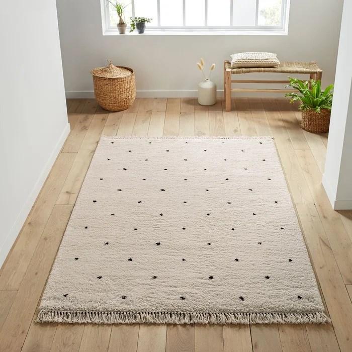 tapis style berbere petits motifs pois ava
