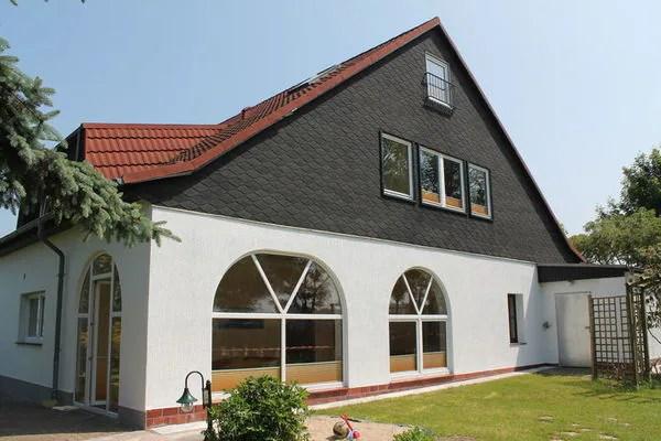 Ferienwohnungen/Ferienhäuser: 2 kombinierte Ferienwohnungen mit Meerblick, Terrasse, Kamin (max. 9 Personen)