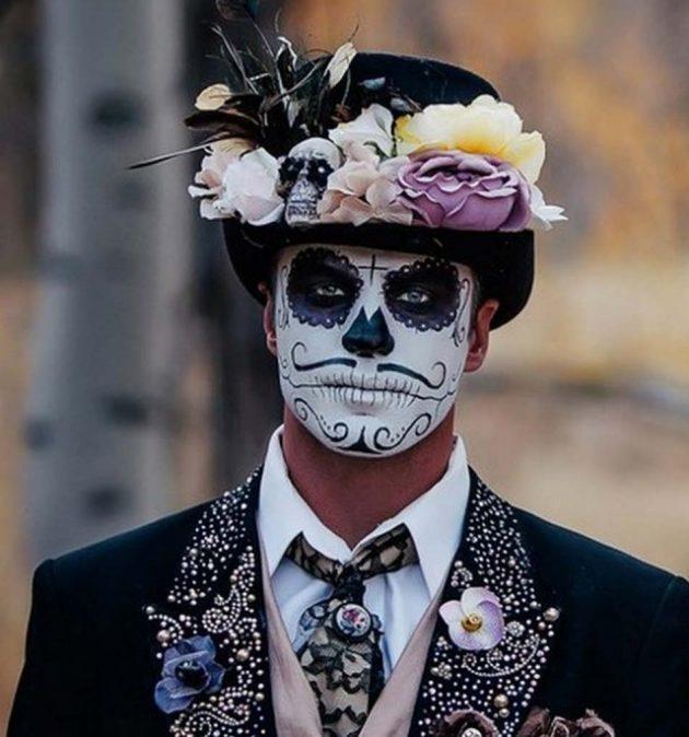 Halloween Suit: Holy Død