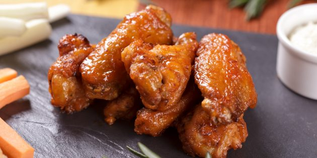 Как приготовить куриные крылышки в кляре в кисло-сладком соусе