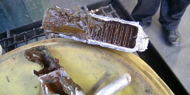 Kenapa dapur yang buruk di dalam kereta: pemanas radiator sifar