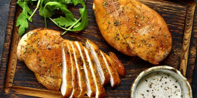 Hецепты курицы в духовке: куриная грудка в майонезе