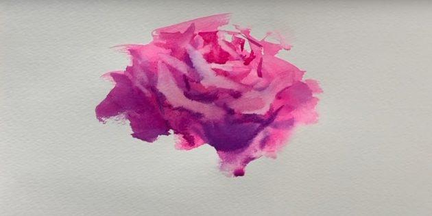 Сухой кистью пройдитесь по верхней части цветка