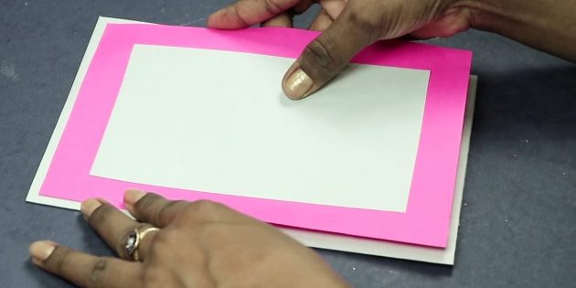 Қолдарыңыз үшін сәлемдесу картасы: ашықхаттың негізін жасаңыз