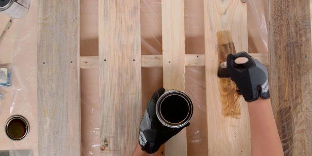 پالت چوب و پوشش آیه