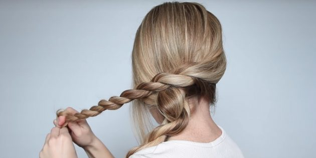 Причёски на длинные волосы: скрутите вторую часть волос