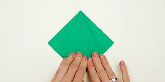 Christmas tree with your own hands: Bend side parts