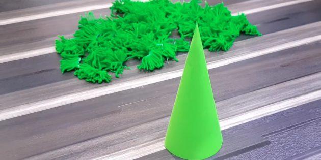 Como fazer uma árvore de natal: preparar um cone e outros detalhes