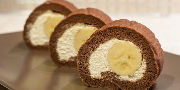 Chokolade kiks rulle med fløde og banan