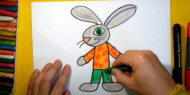 Làm thế nào để vẽ một cái thỏ rừng: Tô màu chân