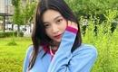 Red Velvet ジョイ、自然を満喫?女神のような美しさの近況ショットを公開