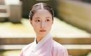 イ・セヨン、新ドラマ「袖先赤いクットン」で端麗な韓服姿を披露…賢く愛らしい魅力のスチールカットを公開