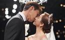 天上智喜The GraceのSunday、年下の夫との甘いキスも…結婚1周年を記念してウェディング写真を公開