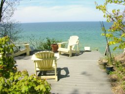 Yellow Paradise - Grand Haven, MI - Vacation Rental