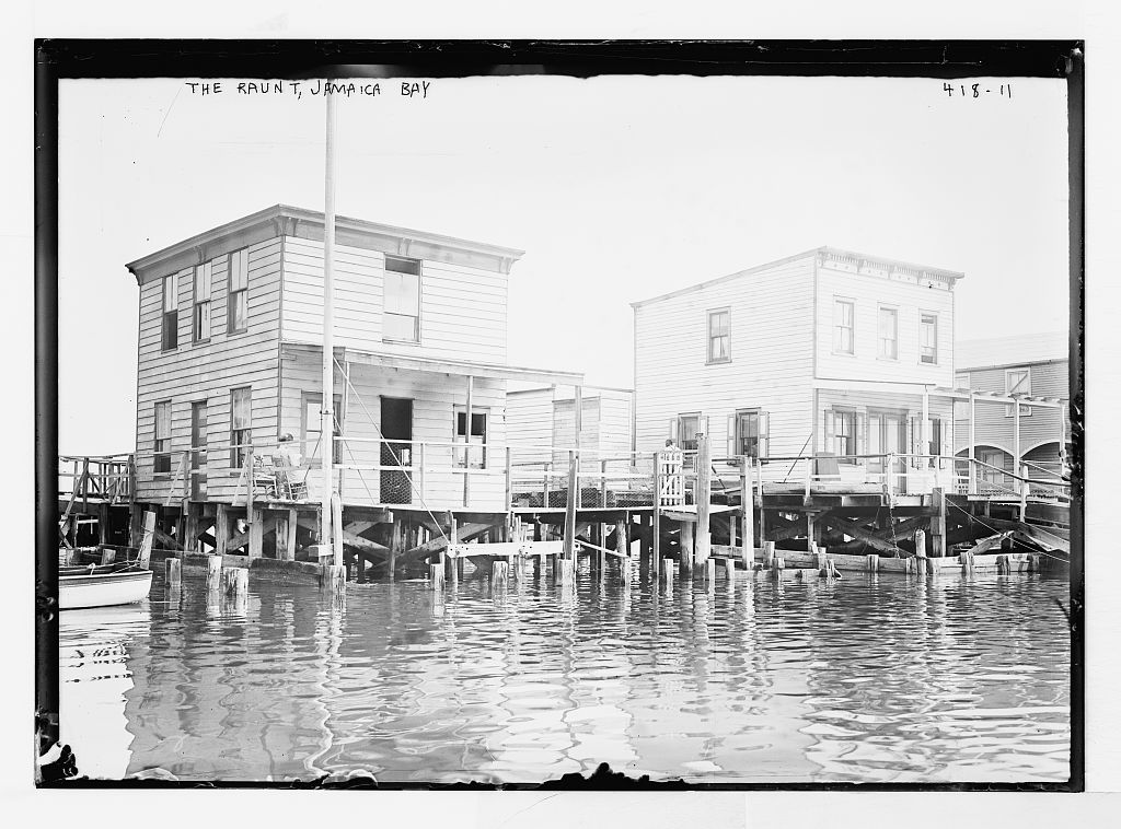 The Raunt, on the water, Jamaica Bay