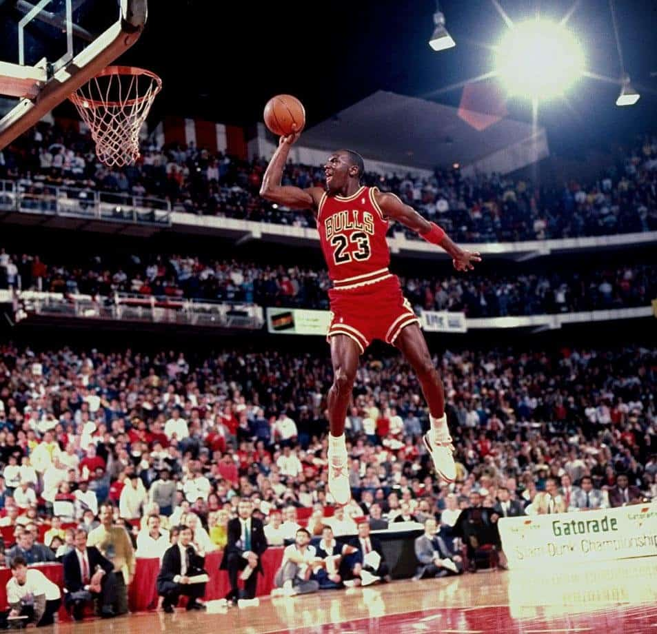 20 Of The Greatest Photos Of Michael Jordan