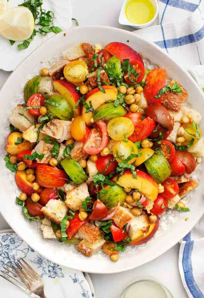 Summer salads with peaches