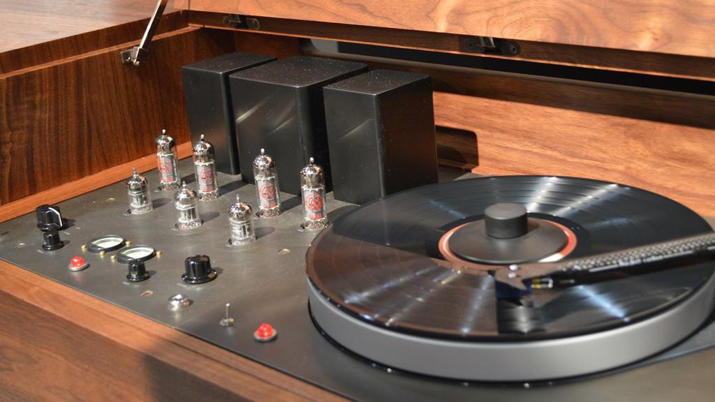 Symbol Audio Modern Record Console 2