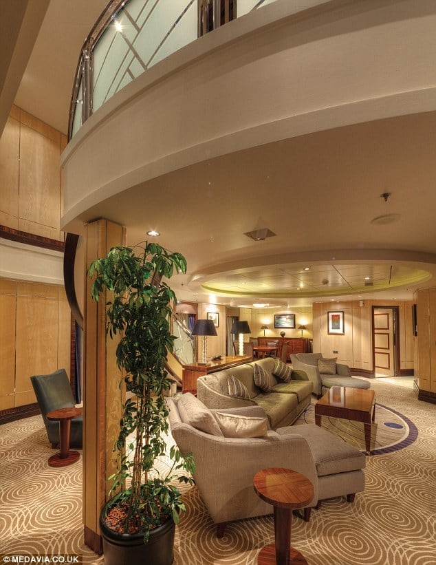 Worlds Most Luxurious Cabins On Board The Cunard Lines