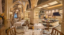 Emirates-Palace-Buffet-Vendome