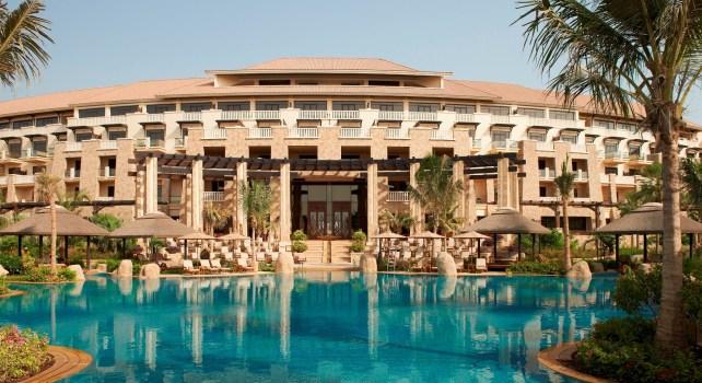 Sofitel The Palm : Le luxe Français sur les plages de Dubai