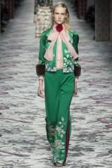 Défilé été 2016 looks Androgyne Gucci