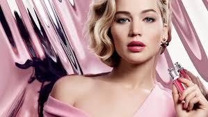 L'égérie Jennifer Lawrence pour les Dior Addict Gloss