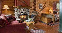 Moraine-Lake-Lodge (7)