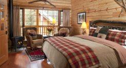 Moraine-Lake-Lodge (3)