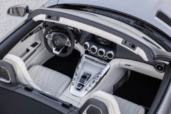 mercedes-benz-amg-gt-roadster-6