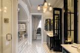 tommy-hilfiger-penthouse-salle-bains.jpg