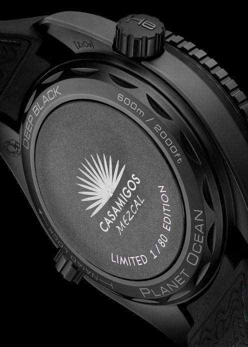 omega_seamaster-planet-ocean-deep-black-casamigos3_luxe