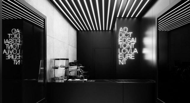 Café Saint Laurent : À découvrir en Noir & Blanc
