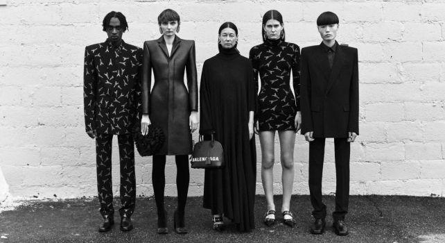 Balenciaga : La maison se réconcilie avec la Haute Couture