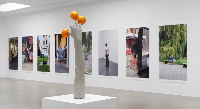 Two In One : Les artistes Erwin Wurm et Lars Eidinger dans une exposition commune chez Ruttkowski;68