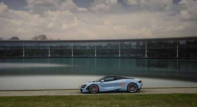 McLaren 720S «Gulf Edition» : Une nouvelle collaboration avec la compagnie pétrolière pour une livrée exceptionnelle