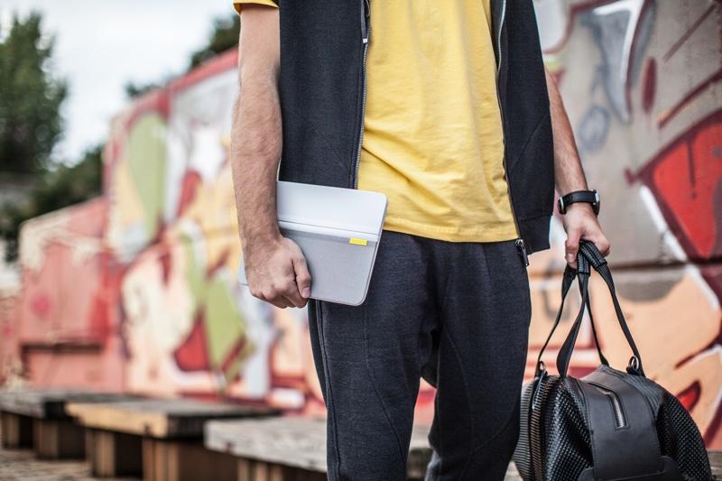 Logitech annuncia il nuovo caso di AnyAngle per laria 2 del iPad e il iPad mini [blog dellIOS]