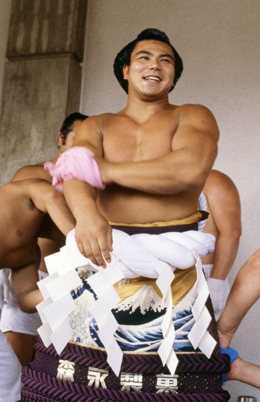 寫真特集:橫綱・千代の富士の軌跡[寫真特集2/18]- 毎日新聞