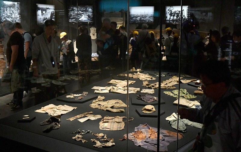 広島・原爆資料館がリニューアルオープン 被爆死した子供の ...