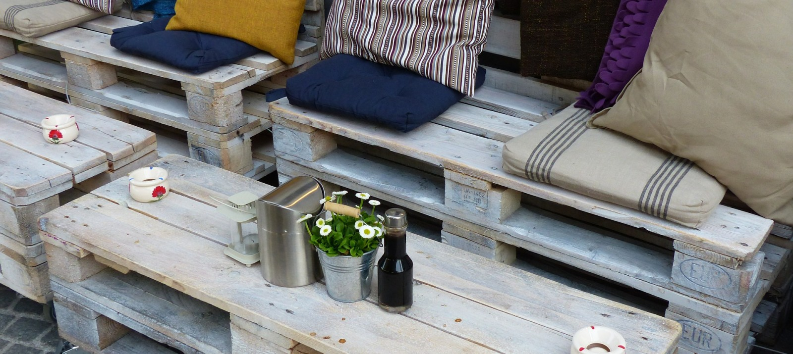 11 diy wood pallet ideas to make space