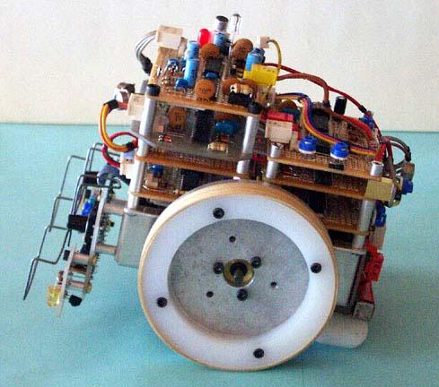 hiderRobot.jpg
