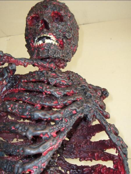 charred-corpse101507.JPG