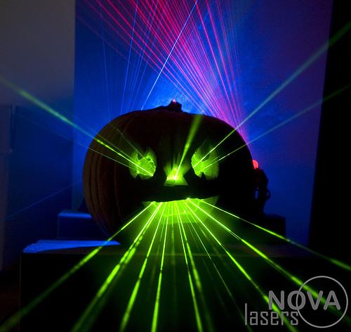 laser-pumpkin102707.jpg